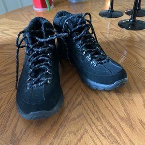 Skechers Warm Tech Memory Foam Ankle Boot 7.5